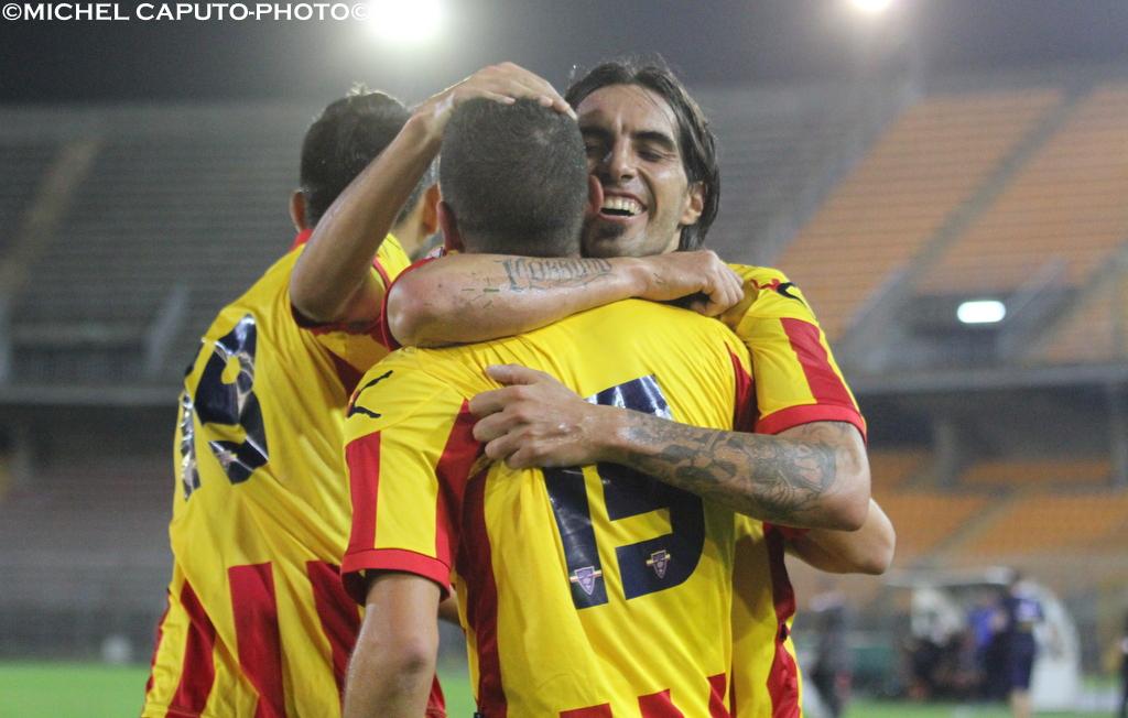Lopez abbraccio