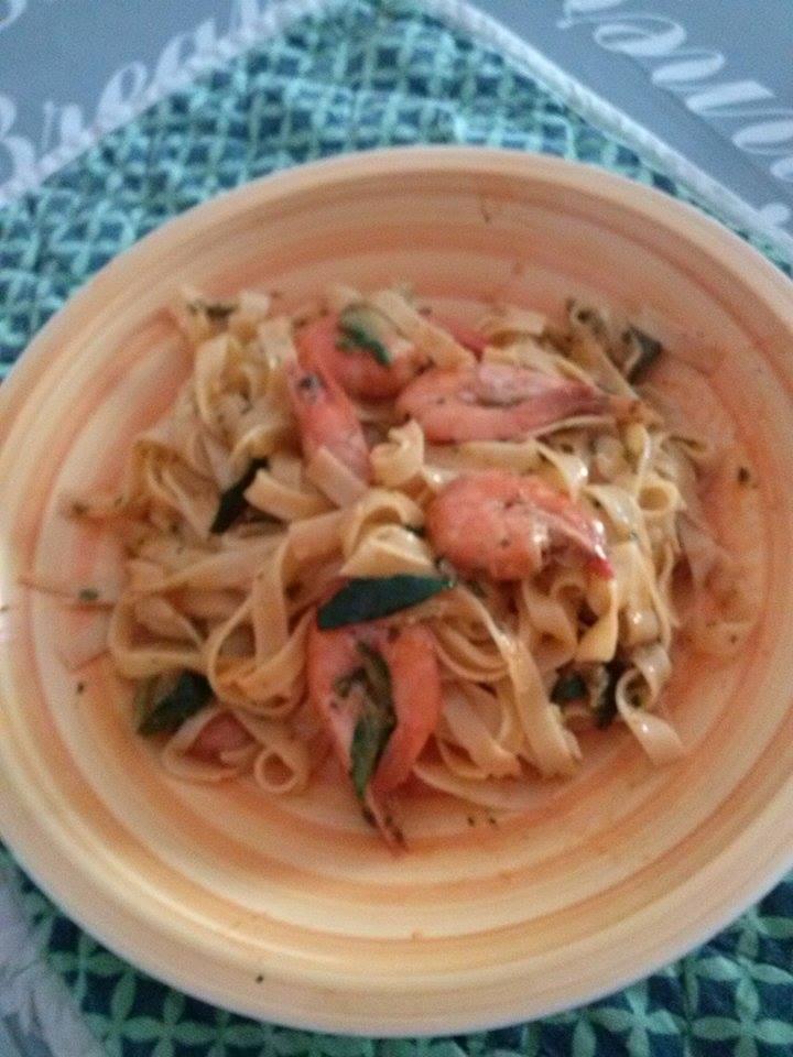 Fettuccine gamberetti e zucchine