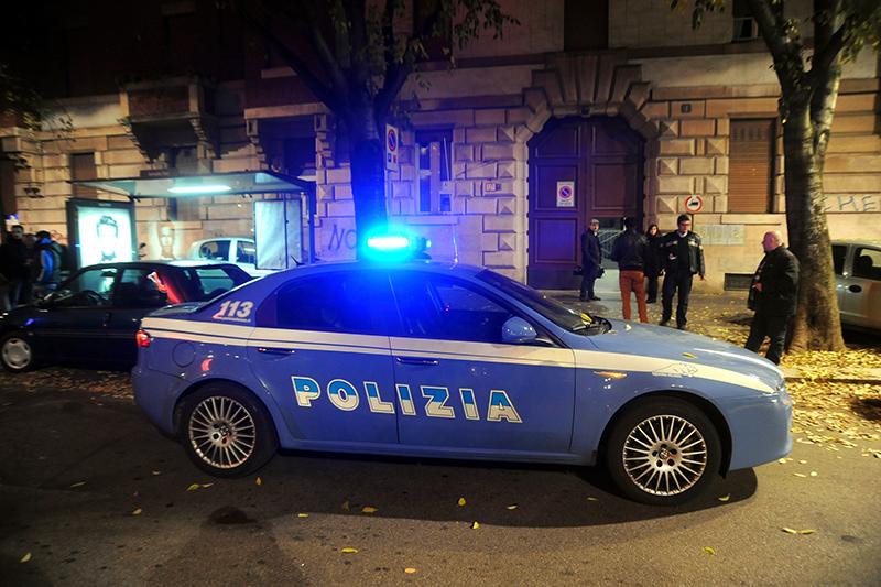 2012 11 volante polizia